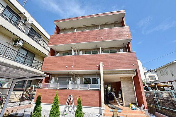 神奈川県海老名市中央2丁目の賃貸アパートの外観