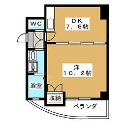プラタラク[3階]の間取り