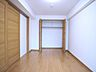 住まう方自身でカスタマイズして頂けるように「シンプル」にデザインされた室内。自由度が高いので家具やレイアウトでお好みの空間を創り上げられます。,3LDK,面積67.87m2,価格6,858万円,東京メトロ南北線 麻布十番駅 徒歩5分,都営大江戸線 赤羽橋駅 徒歩6分,東京都港区東麻布2丁目8-11