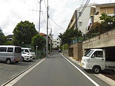 前面道路と周辺環境