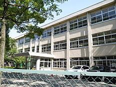 加古川市立浜の宮中学校まで1600m