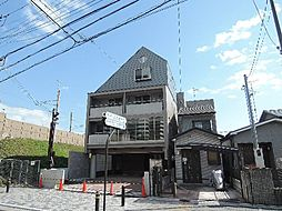 京都府宇治市六地蔵札ノ辻町の賃貸マンションの外観