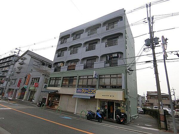 関山ビルの画像
