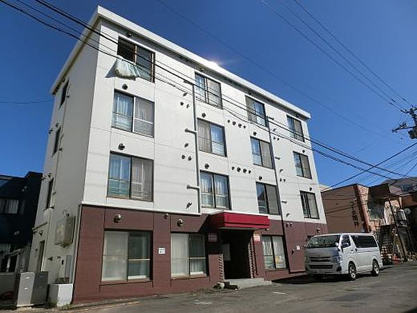 シャトレ麻生 3階の賃貸【北海道 / 札幌市北区】