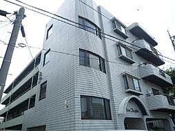 東京都足立区新田2丁目の賃貸マンションの外観
