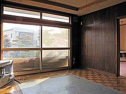高栄西町の家 5LDKの居間