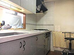 キッチンスペースも広々としており、楽しくお料理ができますね
