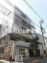 東京都世田谷区宮坂3丁目の賃貸マンションの外観