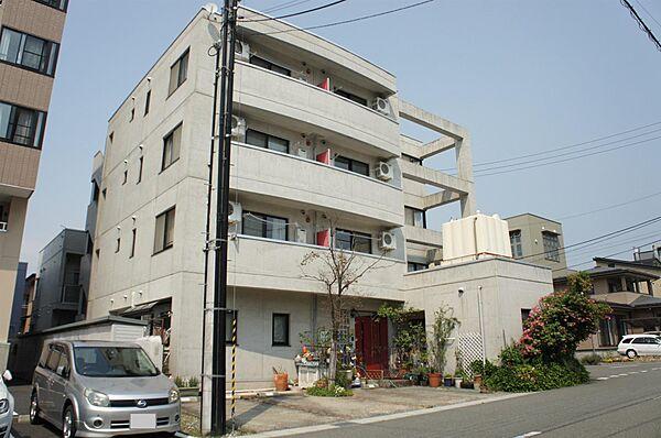 メゾン・ドゥ・エルミタージュ 3階の賃貸【山形県 / 山形市】