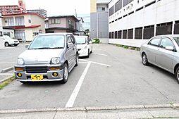 中通E7パーキング