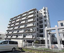 京都府京都市南区上鳥羽鴨田の賃貸マンションの外観