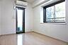 出窓付きの明るい洋室,3LDK,面積68.6m2,価格1,680万円,東葉高速鉄道 村上駅 徒歩13分,,千葉県八千代市村上