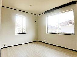 2階南西側約6.5帖洋室