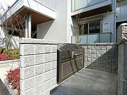 O.Giverny[1階]の外観