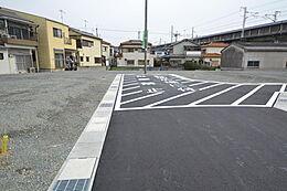 学校 錦浦小学校 魚住中学校です。小中学校まで徒歩20分圏内。