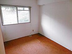 北側洋室約4.5帖
