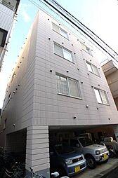 クゥーネル・S[1階]の外観