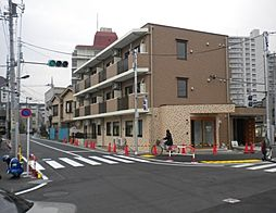 東京都足立区梅田8丁目の賃貸マンションの外観