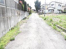 最寄り駅はJR常磐線「石岡」駅です。