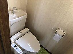 トイレは1階、2階と2か所ございます