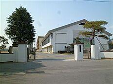 土浦市立土浦第四中学校(1154m)