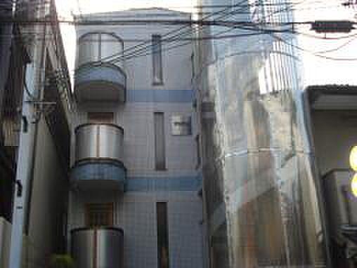 京都府京都市東山区本町の賃貸マンションの外観