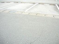 エスポアールの駐車場完備です