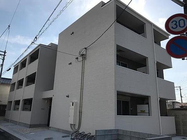 ラージヒル尼崎東[0106号室]の外観