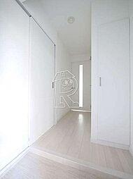メイソンデグレース天神南のスタイリッシュな玄関。