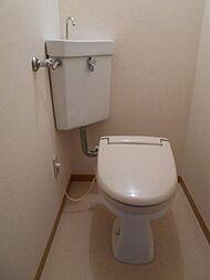 プルミエの落ち着いた色調のトイレです