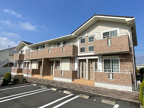 神奈川県厚木市下依知2丁目の賃貸アパート