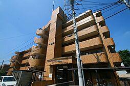 グロス・ファミーレ[1階]の外観