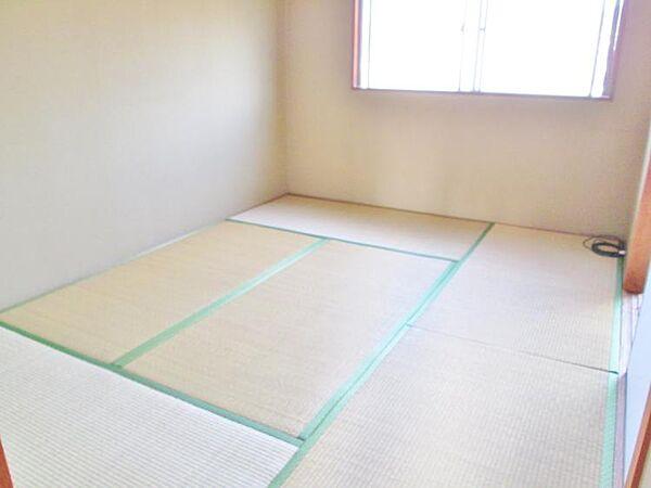 吉田マンションの和室