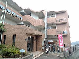 兵庫県宝塚市平井山荘の賃貸マンションの外観