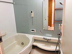浴室には暖房換気乾燥機が付いてますので、寒い冬でも快適ですね。