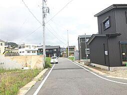 名鉄蒲郡線「形原」駅まで徒歩約12分の好立地です。