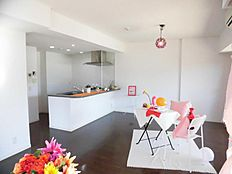 LDK 15帖 対面キッチン