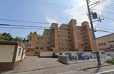 鉄筋コンクリート造8階建てのマンションです。所在階は2階になります,3LDK,面積77.97m2,価格650万円,JR函館本線 小樽駅 徒歩30分,,北海道小樽市最上1丁目112 14