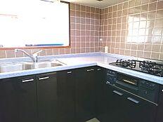 独立したキッチンで料理が捗ります。