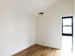 2階北西側洋室