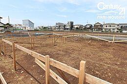 第一種低層住居専用地域なので、開放的な住環境が約束されます