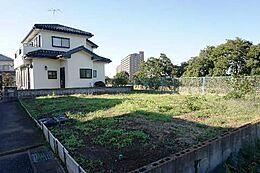 建築条件はございませんので、お好きなハウスメーカーで建てて頂けます。