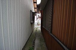 緑丘小学校まで徒歩14分(約1100m)武豊中学校まで徒歩17分(約1300m)