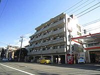 外観(5階建ての鉄筋コンクリート造マンション)