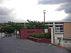 郡山西中学校