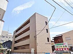 山梨県甲府市中央4丁目の賃貸マンションの外観