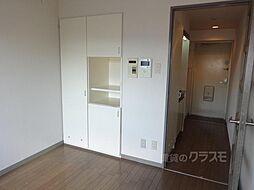 トーカン東淀川キャステールの洋室です。