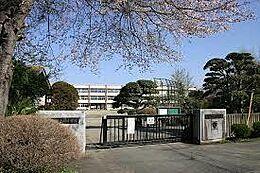小学校茨城町立長岡小学校まで2463m
