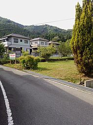 安富町名坂の月極駐車場