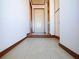 佐賀白山ビルの広ーい玄関です